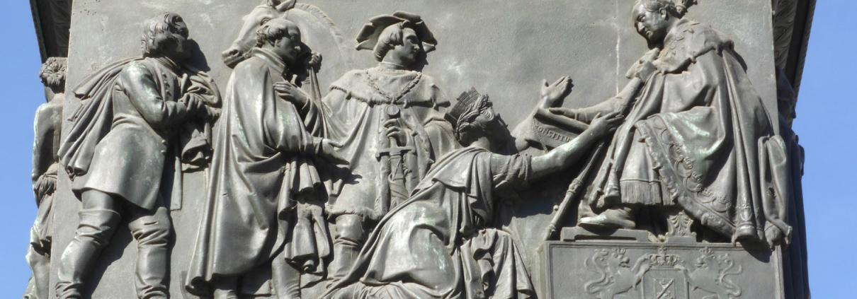 Denkmal für König Max I. Joseph am Max-Joseph-Platz in München
